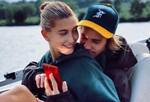 Хейли Болдуин и Джастин Бибер объявили дату венчания и свадебной вечеринки