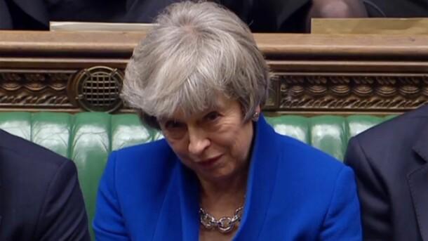 Правительство Терезы Мэй преодолело вотум недоверия парламента