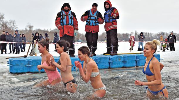 «Под воду ушли 50 человек и батюшка»: ГСЧС готовятся к празднику Крещения Господня