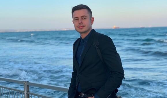 Телеведущий  Виталий Школьный рассказал, где можно хорошо отдохнуть за небольшие деньги