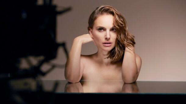 Очень горячо: Натали Портман обнажилась в рекламе Dior