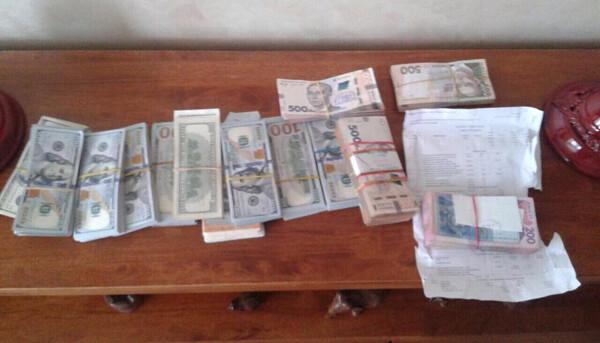 В Запорожье аферисты выманили у горожан почти два миллиона гривен