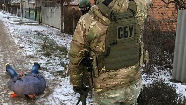 Хотел помочь захватить Украину: на Донбассе задержан пособник спецслужб России