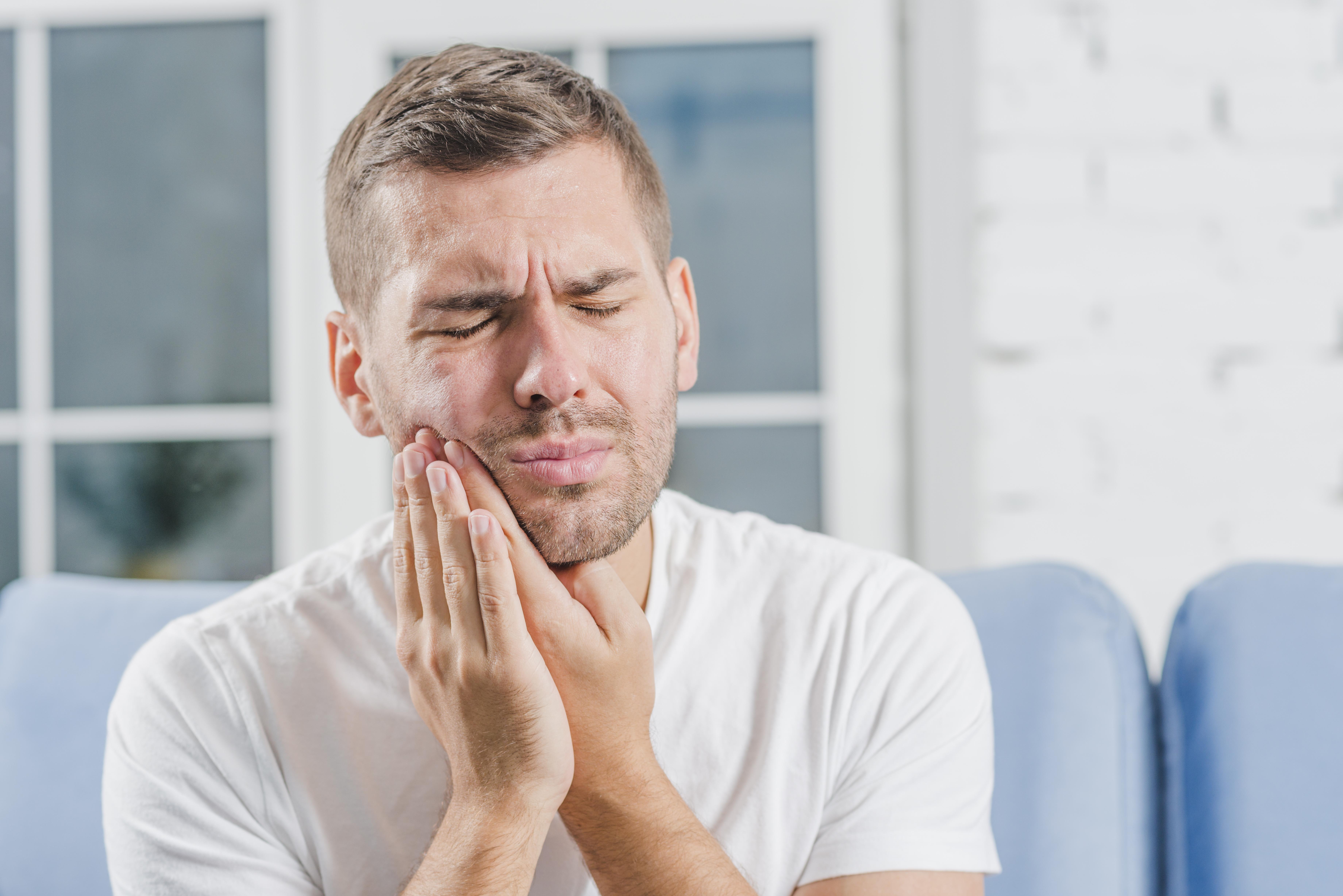 Кариес может вызвать различные проблемы со здоровьем