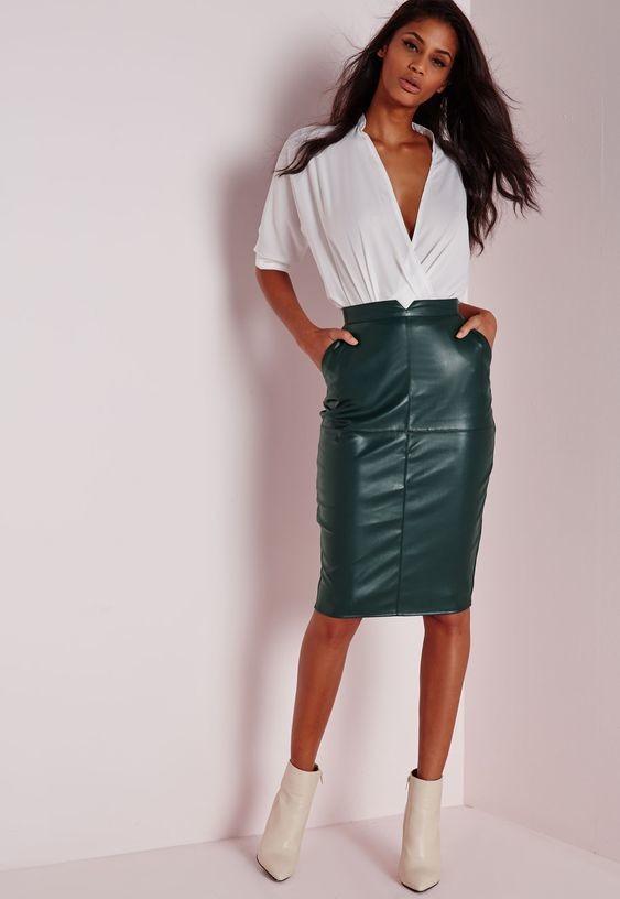 Кожаная зеленая юбка-карандаш