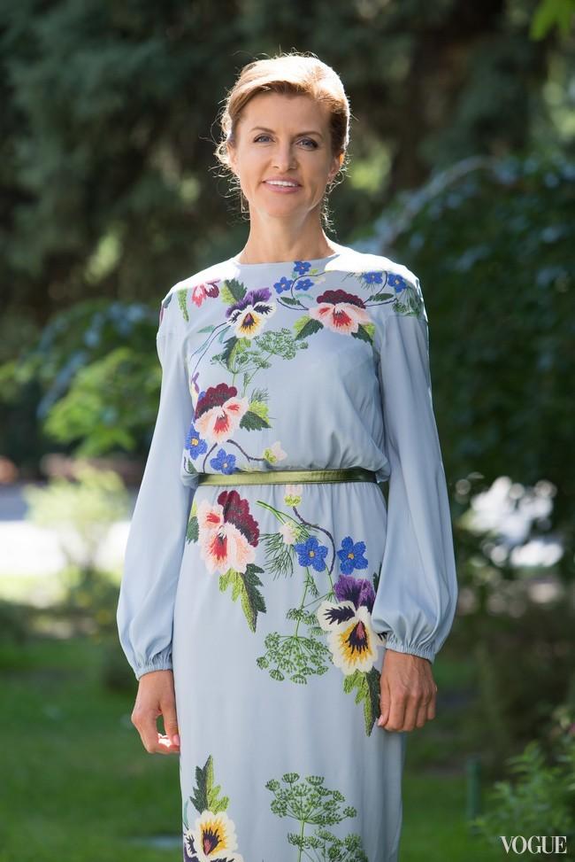 Марина Порошенко в нежно-голубом платье
