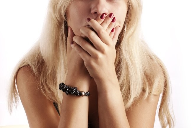 Горечь во рту может свидетельствовать о проблемах с печенью