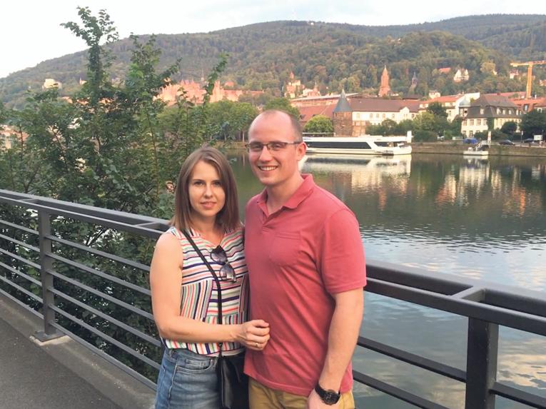 Вместе с женой. Живут в студенческом городке Гейдельберге. Фото: Р. Рубцов