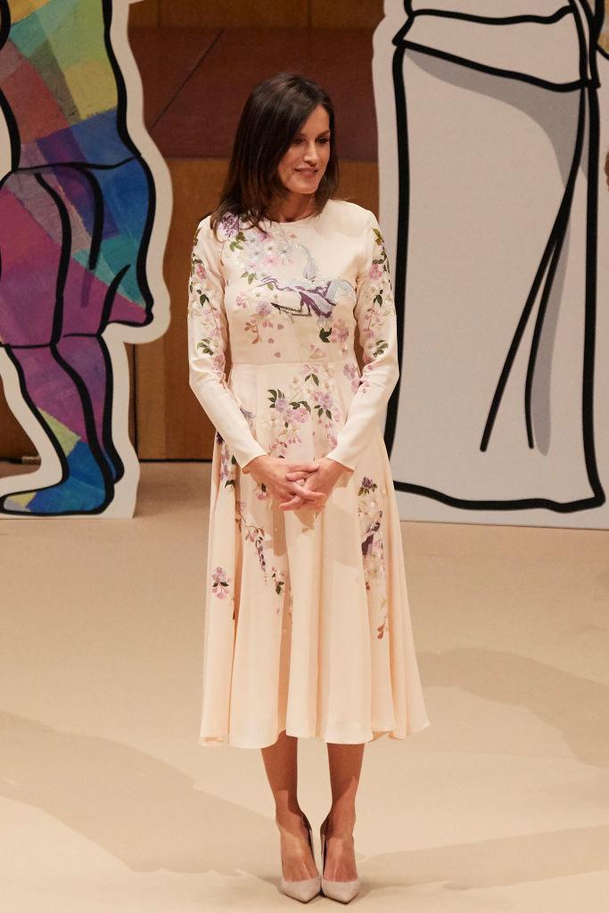 Королева Летиция в платье от бюджетного бренда Asos