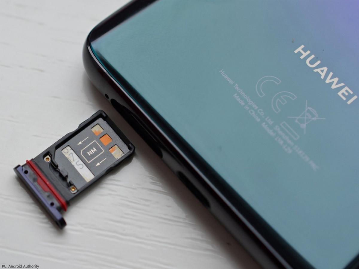 У Huawei теперь есть свой стандарт карт памяти – Nano