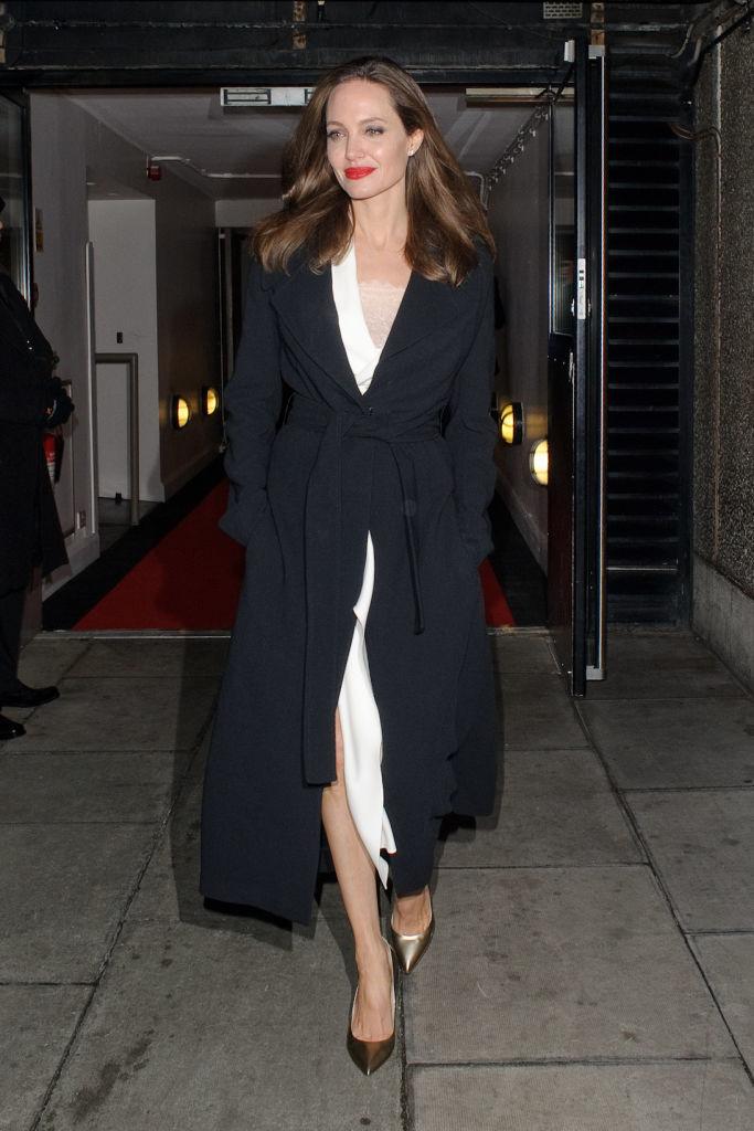 Анджелине Джоли – 44: самые эффектные выходы в свет актрисы. Афиша Днепра