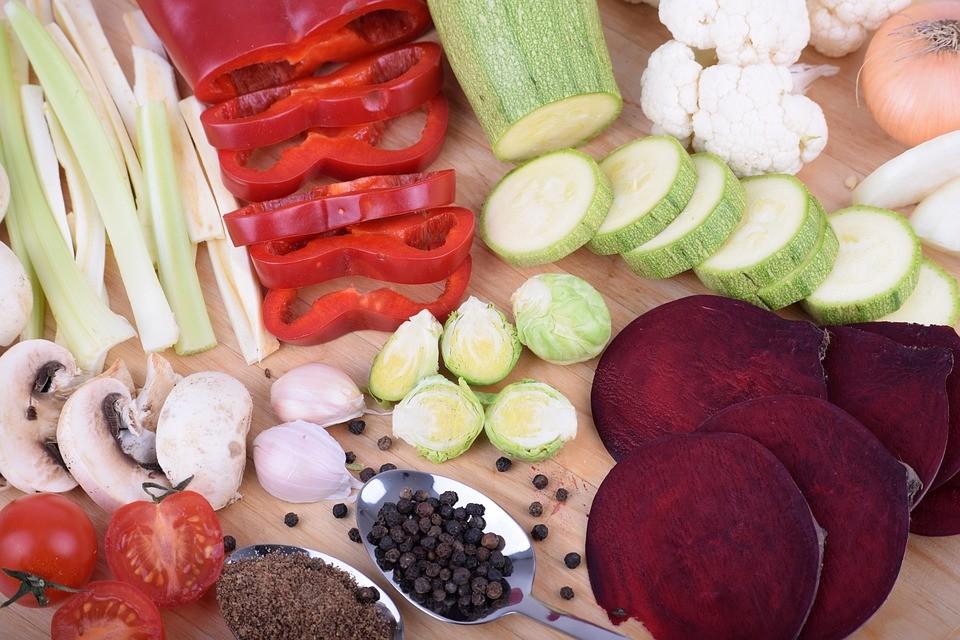 Основа питания во время Петрова поста – растительная пища