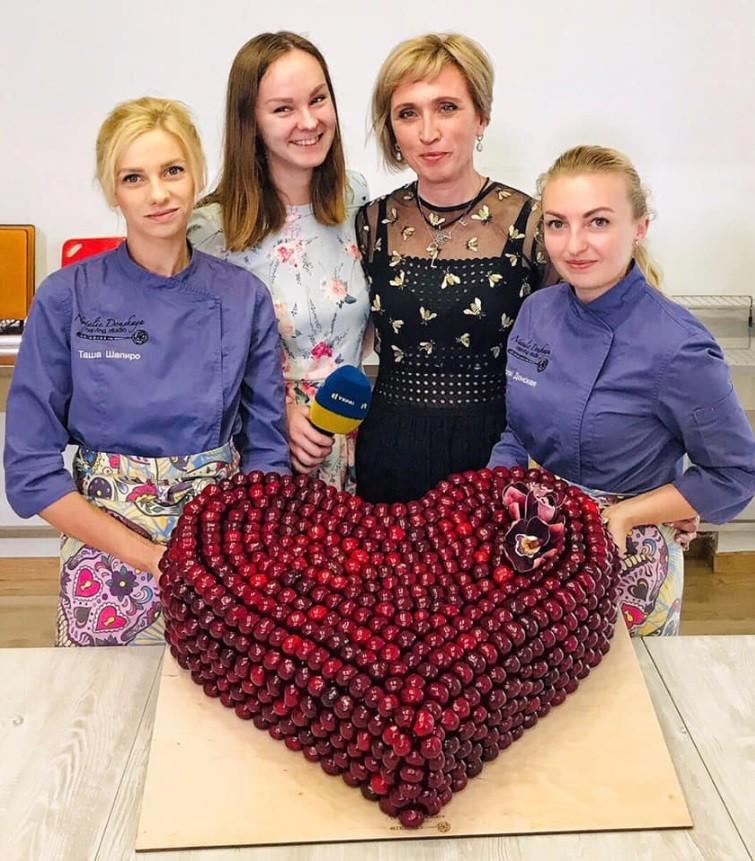 Фан-группа Олега Винника сделала певцу грандиозный подарок. Афиша Днепра