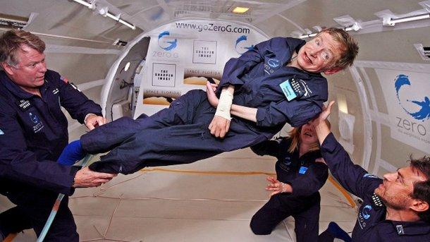 Великий учёный, инвалид Стивен Хокинг совершит полёт вкосмос