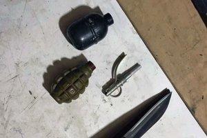 В Харькове мужчина хранил серьезный арсенал оружия для самозащиты
