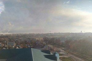 На военном складе под Харьковом продолжаются взрывы - ГСЧС