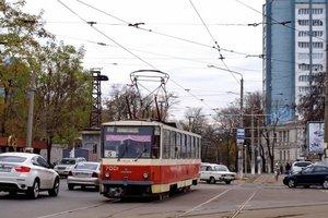 В Одессе маршрутка не разминулась с трамваем