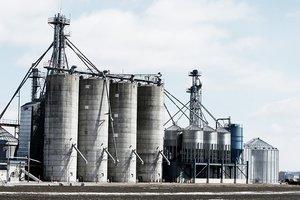 Из-за взрывов в Балаклее остановился Шебелинский газоперерабатывающий завод