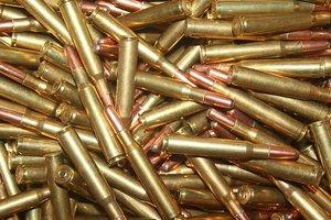 В Одесской области сержант торговал боеприпасами из воинской части
