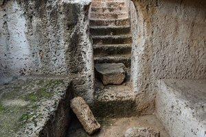 Археологи вскрыли древнюю египетскую гробницу