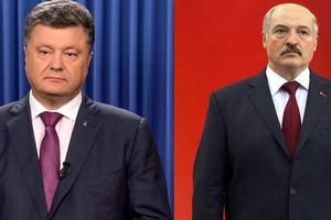 Стало известно, что Порошенко и Лукашенко обсуждали по телефону