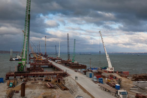 In Russland erzählt, als Sie verdienen Krim-Brücke