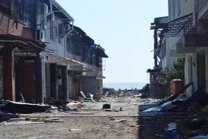 Руины Широкино: боевики сменили тактику обстрелов