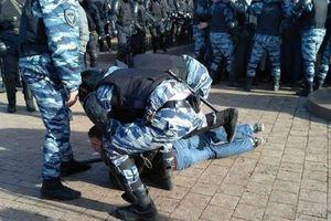 В Москве разогнали митинг против коррупции, задержано полтысячи человек  (обновлено)