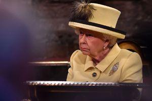 Работа во дворце: Елизавета II ищет мастера по шторам и предлагает зарплату в 22 тысячи фунтов