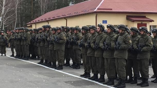 Порошенко: Запериод АТО вДонбассе погибли 193 солдата Нацгвардии
