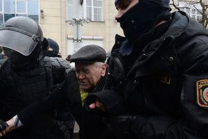 В Минске за участие в протестах задержали еще одного украинца