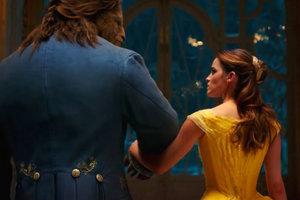 """Ремейк """"Красавица и чудовище"""" стал самым кассовым мюзиклом в истории"""