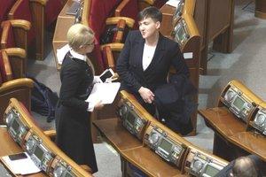"""""""Она холодная, как восковая кукла"""": Савченко рассказала, что думает о Тимошенко"""