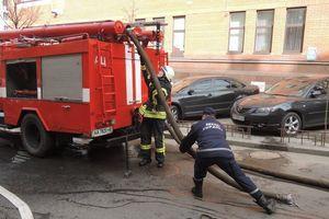 В Киеве утром загорелся жилой дом, эвакуировали 14 человек