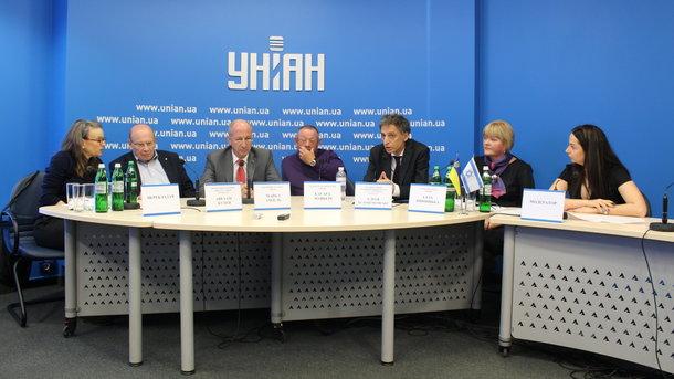 Поликлиника 17 на шаумяна красногвардейского района официальный сайт