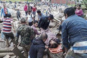 В Колумбии город накрыл селевой поток, погибли 127 человек: жуткие кадры трагедии