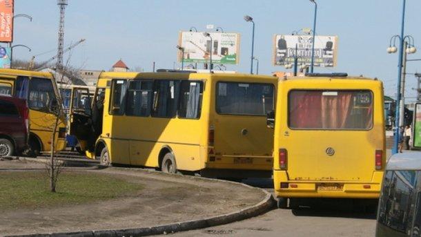 Тело мужчины нашли на автостанции. Фото: zik.ua