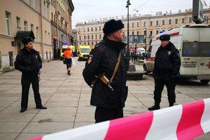 Все испугались и бежали быстрее к эскалатору: жительница Питера рассказала о взрыве в метро