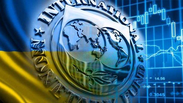 Порошенко сообщил орешении МВФ выделить Украине миллиард долларов