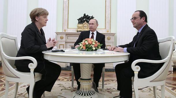 Путин провел телефонный разговор сМеркель иОлландом