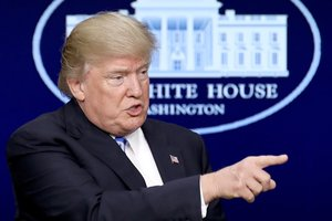 Нет никаких признаков, что Трамп планирует отменить санкции против РФ – посол ЕС в США