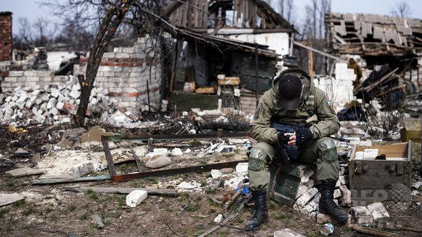 НаДонбассе заминувшие сутки четверо русских военных подорвались наминах— агентура