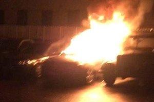 В Киеве подожгли автомобили