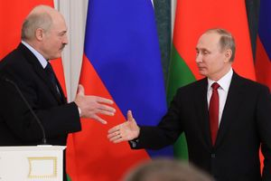 Лукашенко договорился с Путиным о миллиардном кредите