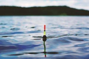 Во Львовской области юношу убило током во время рыбалки