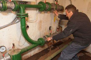 В Киеве начались ежегодные отключения горячей воды
