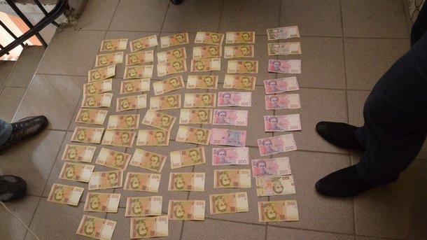 ВХерсоне задержали оперуполномоченного милиции, требовавшего взятку за«непривлечение»