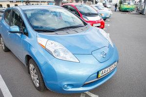 Украинцы активно скупают электромобили