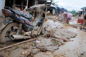 Иран захлестнуло мощное наводнение, десятки погибших