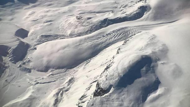 NASA показало трещину накрупнейшем леднике Гренландии